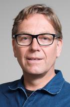 Portrait of Trond Idås.
